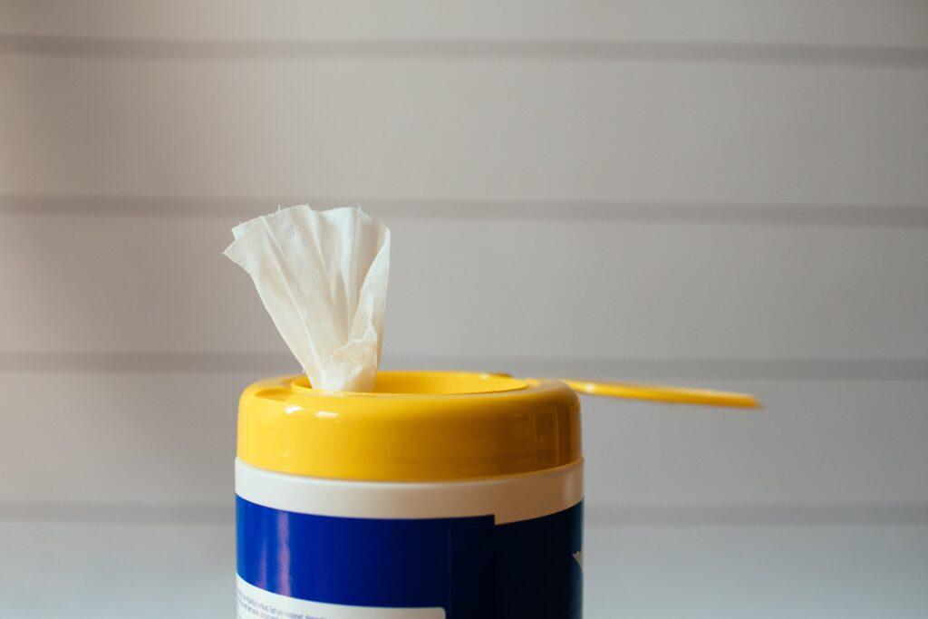 Nettoyage de surfaces. Les meilleurs désinfectants disponibles chez Ralik.